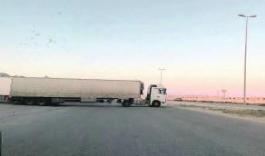 """""""النقل"""" تُحدد موعد تقديم خدمات النقل الخاص للشاحنات"""