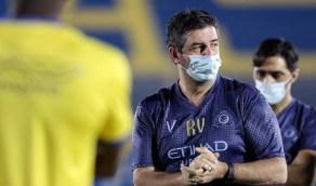 أنباء عن الإطاحة بـ«فيتوريا» بعد مباراة الأهلي