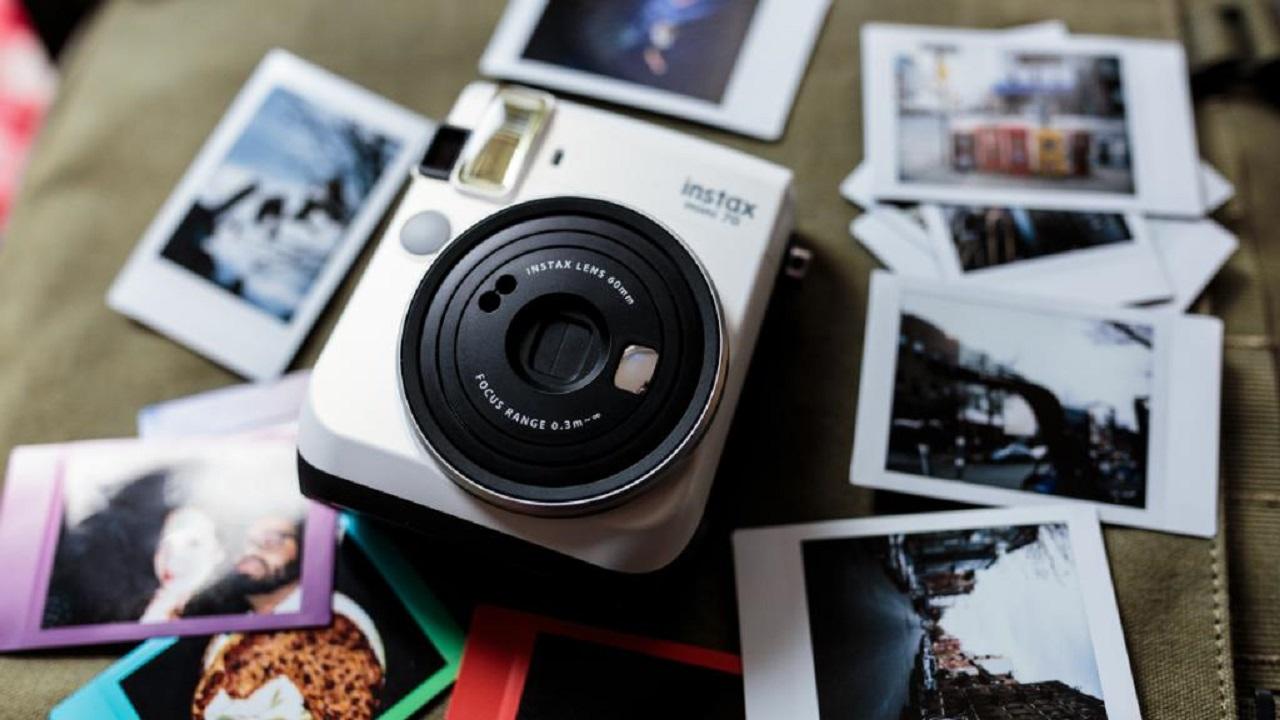 4 حالات يجوز فيها نشر الصور دون إذن الأشخاص الذين تم تصويرهم