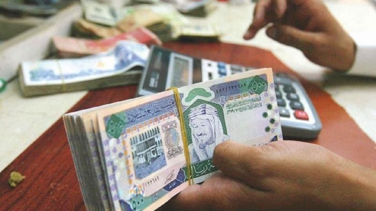 الحوالات المالية بين البنوك السعودية ستكون فورية على مدار 24 ساعة (فيديو)