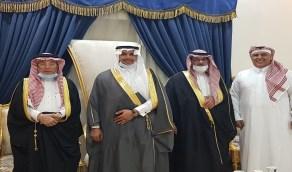 شاهد.. الزميل أحمد العنزي يحتفل بزواج ابنه بدر