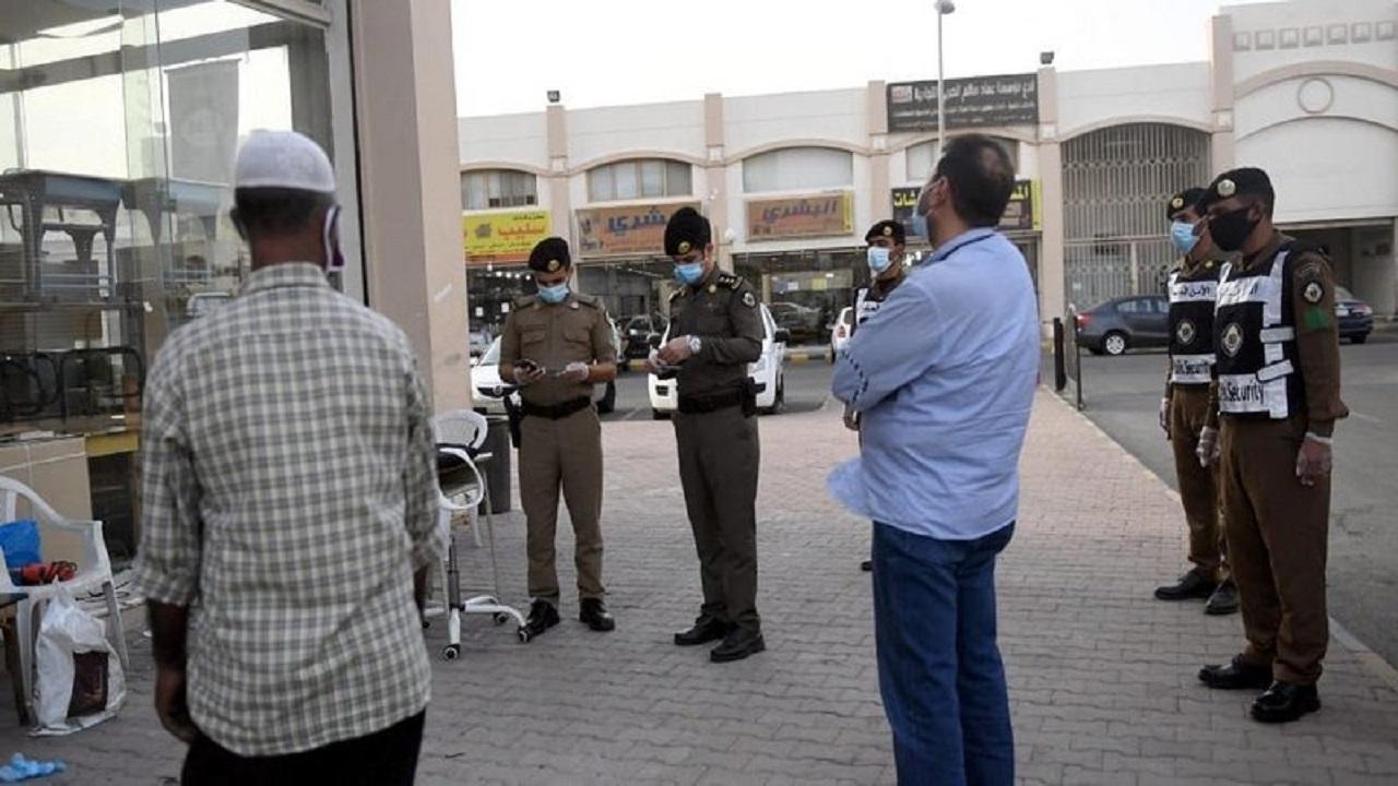 حملات مكثفة على لبس الكمامات في المحلات والأسواق والطرق والمساجد