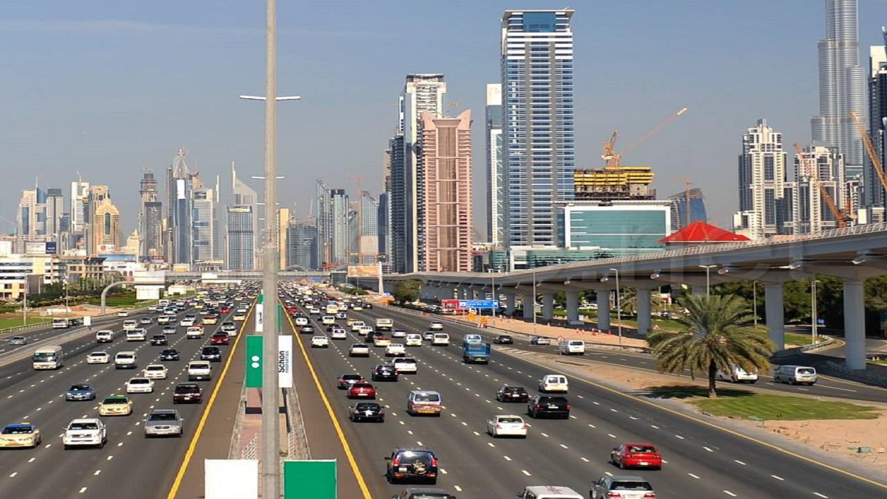دبي تمنح الإقامة للأجانب العاملين عن بعد وفق شروط