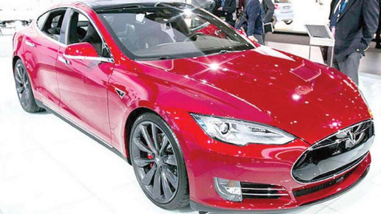 """""""تسلا الأمريكية"""" تحقق الرقم القياسي في حجم مبيعاتها للسيارات الكهربائية"""