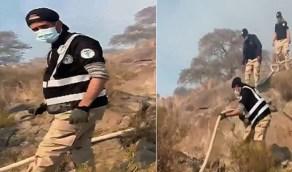 بالفيديو.. فرق تطوعية تساند الدفاع المدني لإخماد حريق تنومة