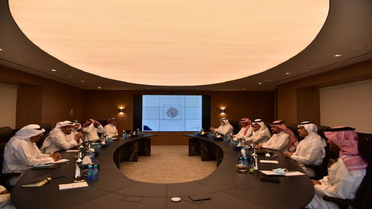 محافظ الهيئة العامة لعقارات الدولة يزور الهيئة العامة للعقار