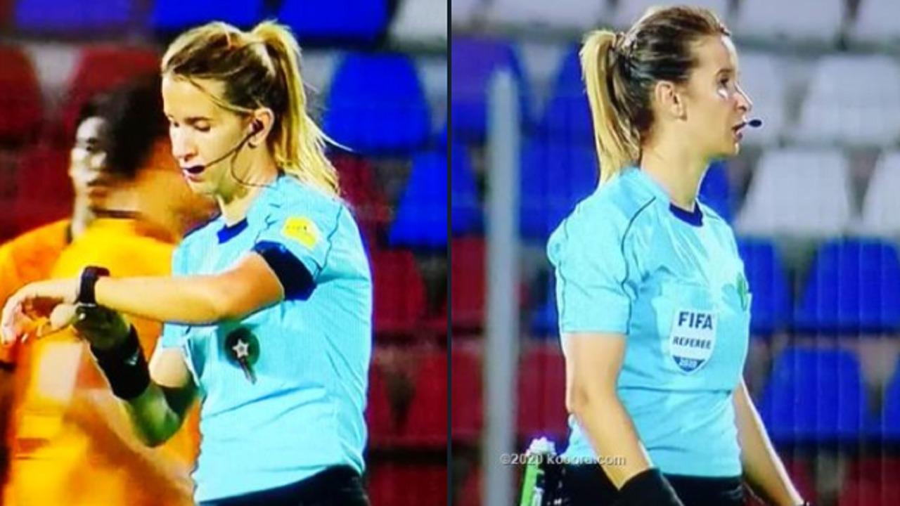 """"""" بشرى كربوبي """" أول سيدة تقود مباراة في الدوري المغربي"""