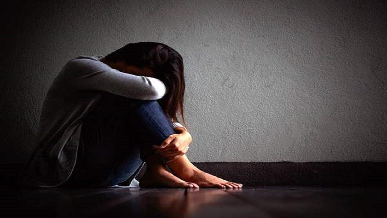 رجل يكتشف خيانة زوجته بالصدفة بعد اصطحابها في نزهة