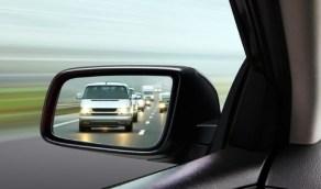 قواعد لا تتجاهلها عند ضبط مرايا سيارتك