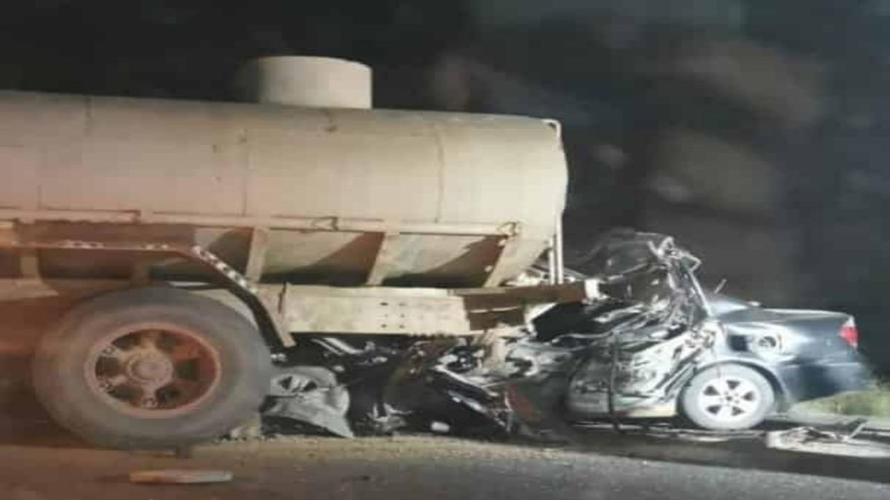 نجاة طفلة ووفاة 6 أشخاص من أسرة واحدة في حادث بجازان