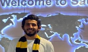 """لحظة وصول """" حجازي """" لاعب الاتحاد الجديد إلى جدة"""