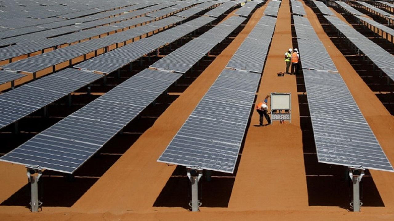 المملكة تدعم إنشاء محطات عملاقة للطاقة الشمسية في السودان