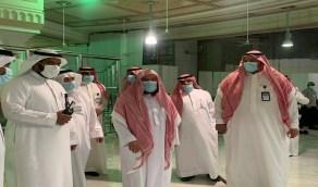 «السديس» يقف ميدانياً على حركة الحشود وتفويج المعتمرين بالمسجد الحرام