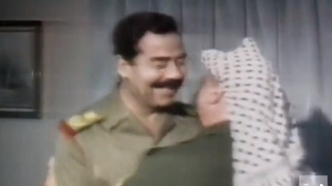 بندر بن سلطان: «أبو عمار حضن وقبل صدام بعد غزو الكويت وأوجع الخليج»