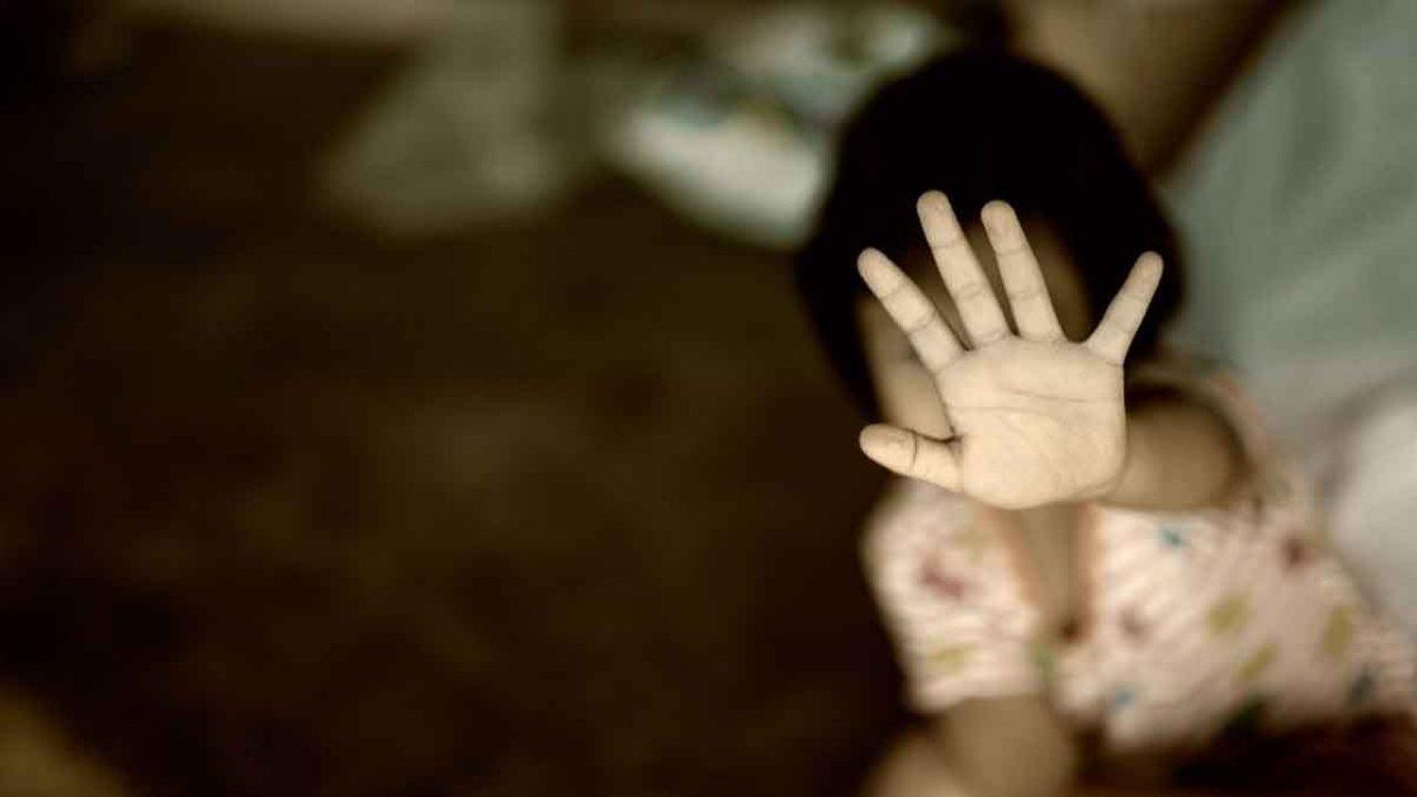 """مصرع طفلة أثناء الاعتداء عليها من """"ذئب بشري"""""""