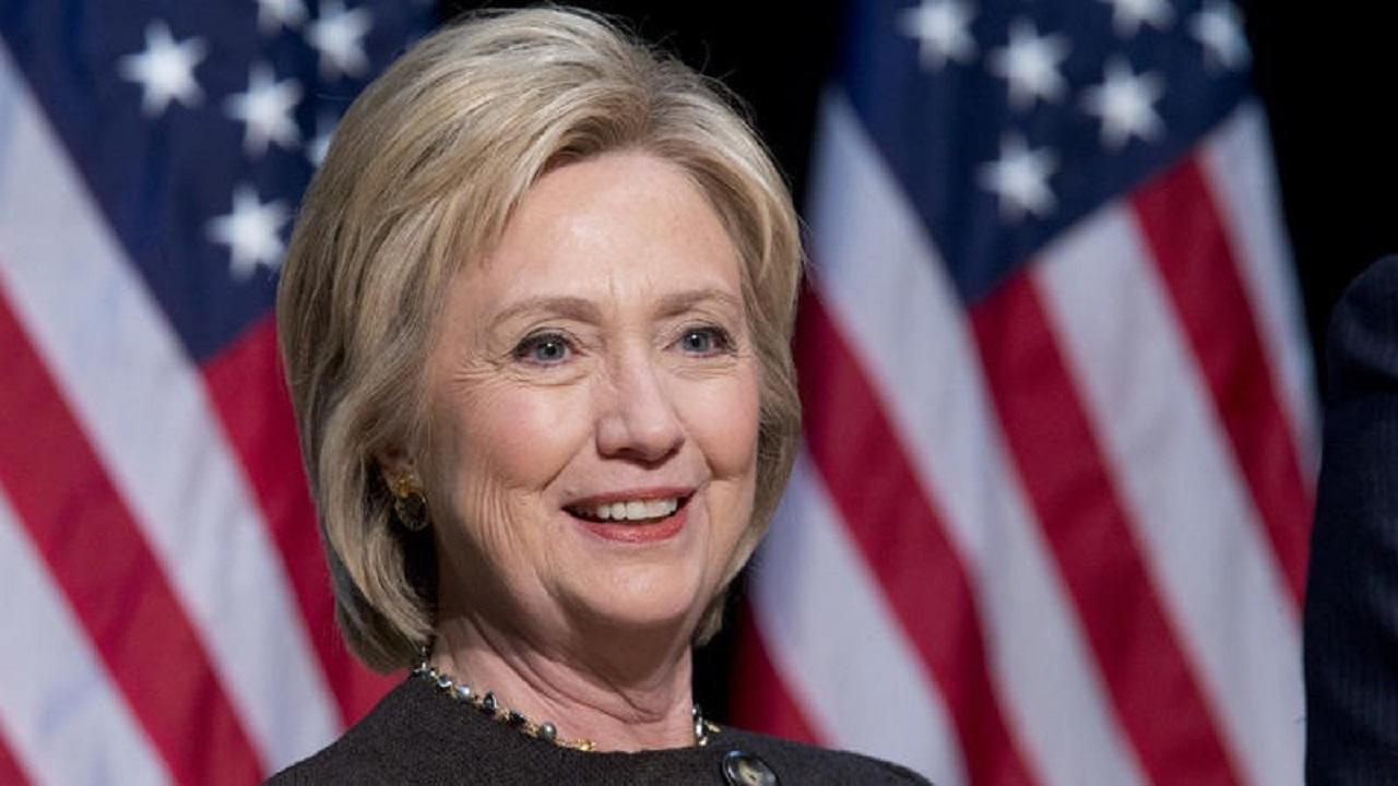 هيلاري كلينتون تعترف باهتزاز ثقة المملكة في أمريكا بعد غزو العراق