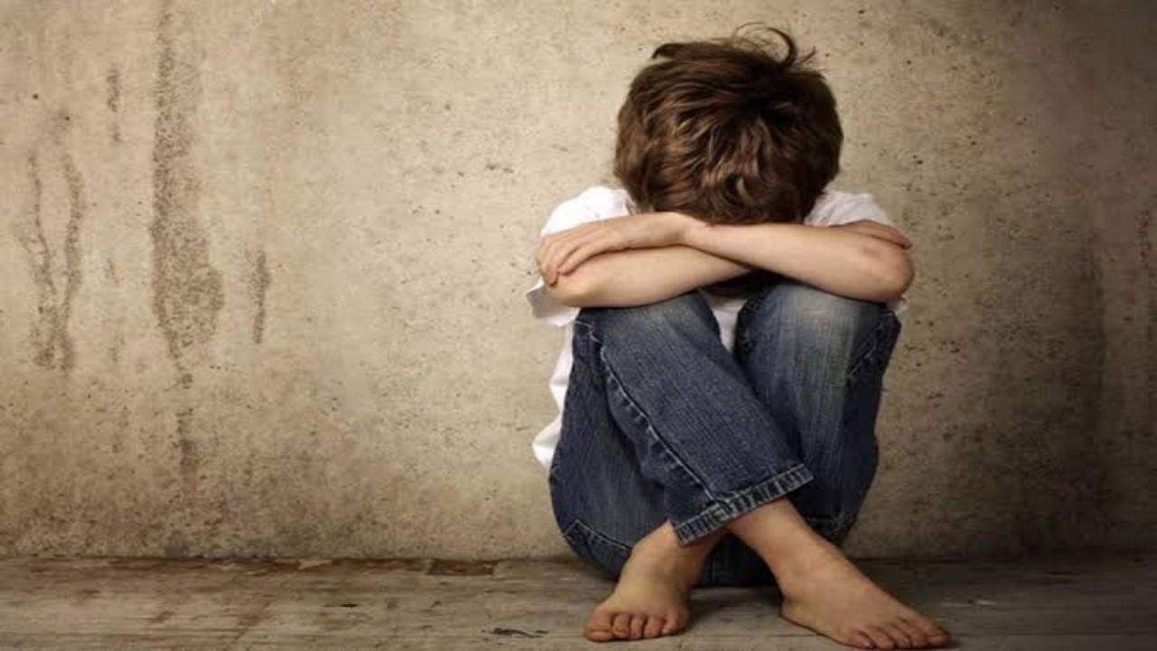رئيس نادي رياضي يغتصب طفلًا لمدة 6 سنوات في بلد عربي