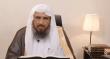 """بالفيديو.. الشيخ """"الخثلان"""" يوضح حكم الصلاة أمام المرآة"""
