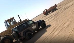 إحالة سارقي الرمال بحفر الباطن إلى جهة الاختصاص