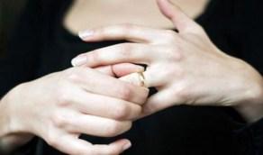 امرأة تطلب معاقبة زوجها بعد براءتها من تهمة الزنا