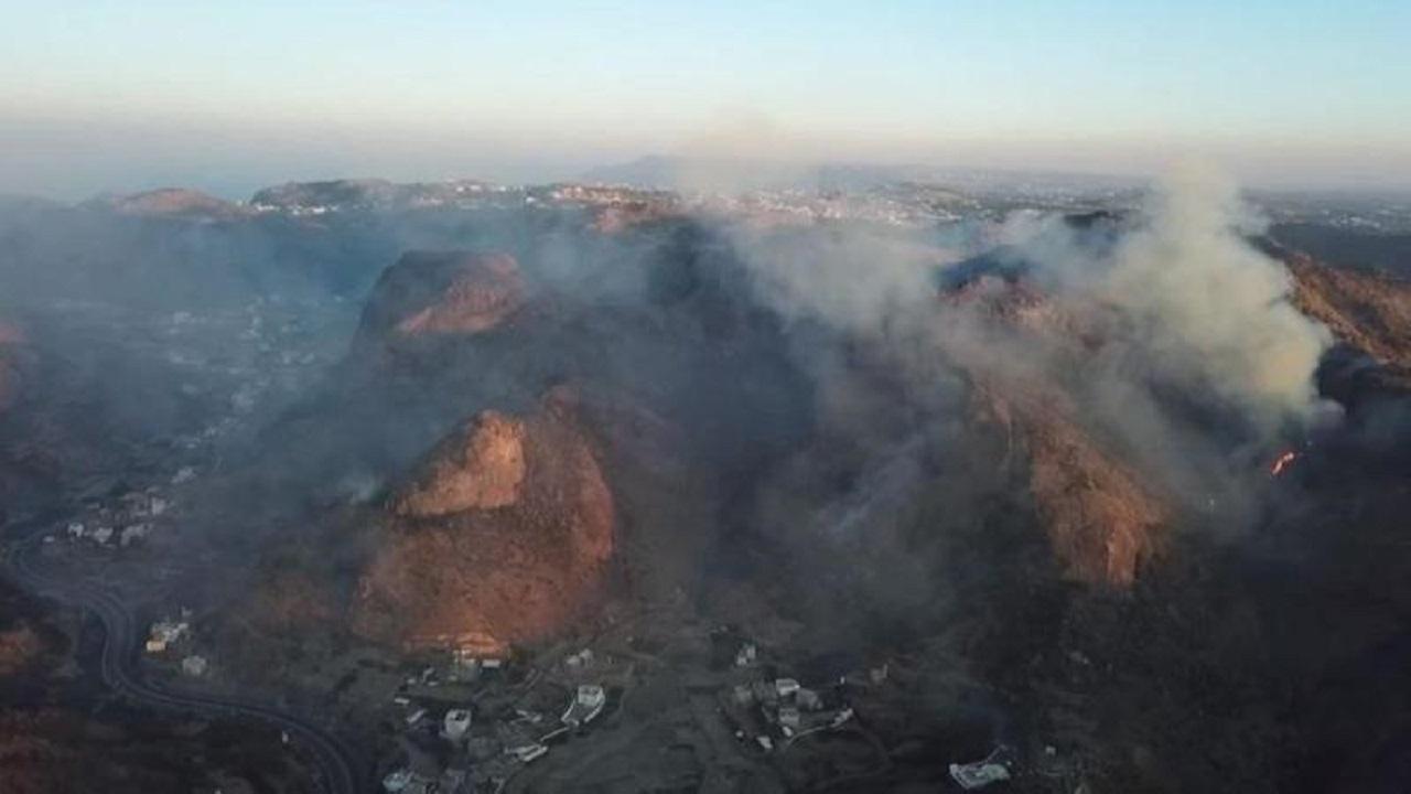 بالفيديو.. طائرات آرمكو تشارك في إخماد حريق تنومة