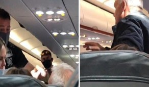 """بالفيديو.. امرأة توجه صفعة قوية لزوجها أمام ركاب الطائرة بعدما وصفها بـ"""" الحمقاء """""""