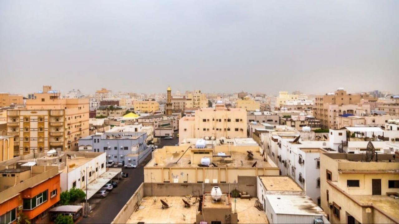 استمرار أعمال رصد وتطبيق عقوبات الحد من التجمعات في جدة