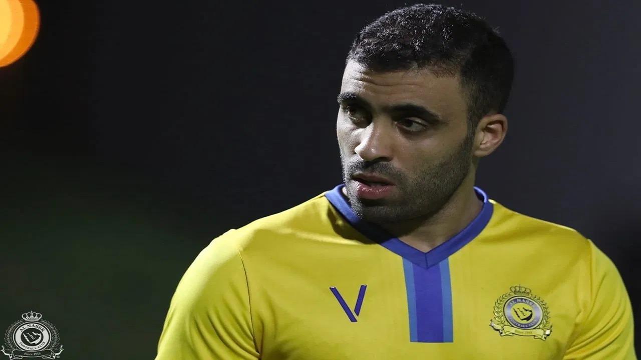 مهاجم الاتحاد السابق يسخر من حمدالله: «تبقى لاعب لم يسدد»