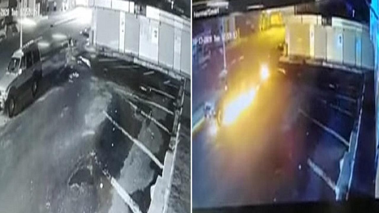 كاميرا مراقبة توثق لحظة إشعال النار في سيارة مواطن متوقفة في الشارع