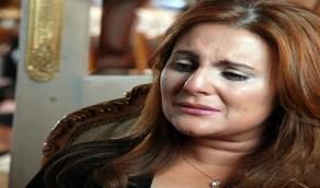 بالفيديو.. رانيا محمود ياسين متهمة بعدم احترام عزاء والدها