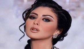 مصفف شعر يستقبل مريم حسين بالأحضان والقبلات