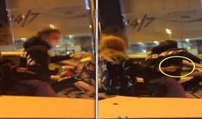بالفيديو.. القبض على شاب وفتاة يتجولان بدراجة نارية بسلاح ناري في الطائف
