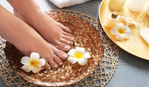طرق بسيطة لإزالة الجلد الميت وتنعيم القدمين
