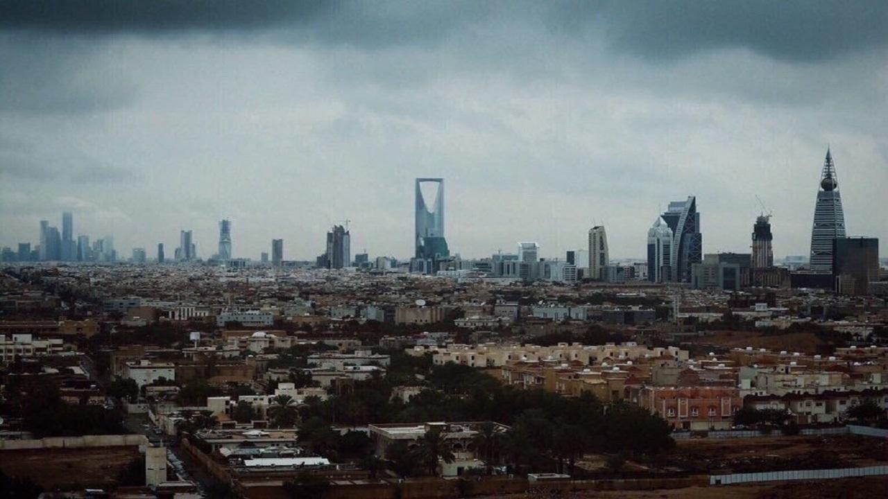 الحصيني: إنخفاض ملحوظ بدرجات الحرارة وأنصح الكشاتة بملابس شتوية