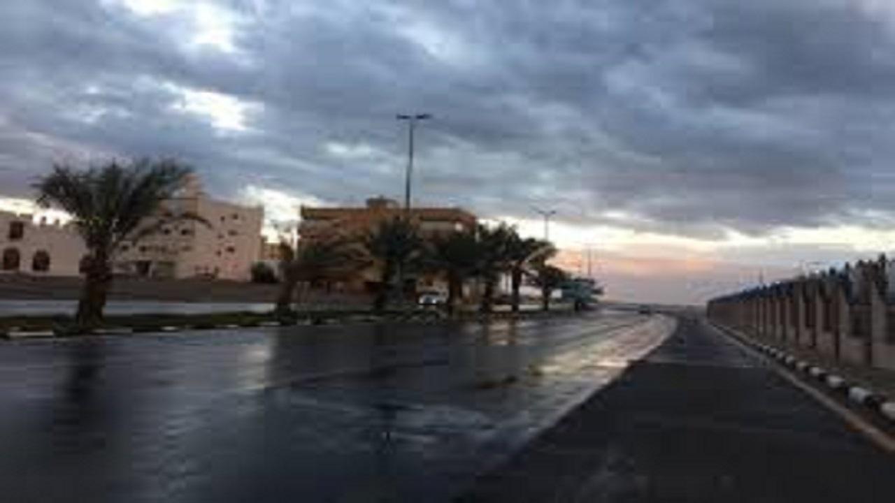 أمطار على المراكز الشرقية التابعة لمحافظة أملج