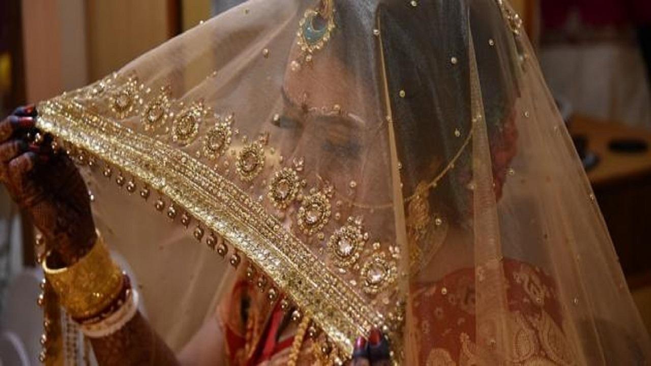 أبرز العادات الغريبة للاحتفال بالزواج