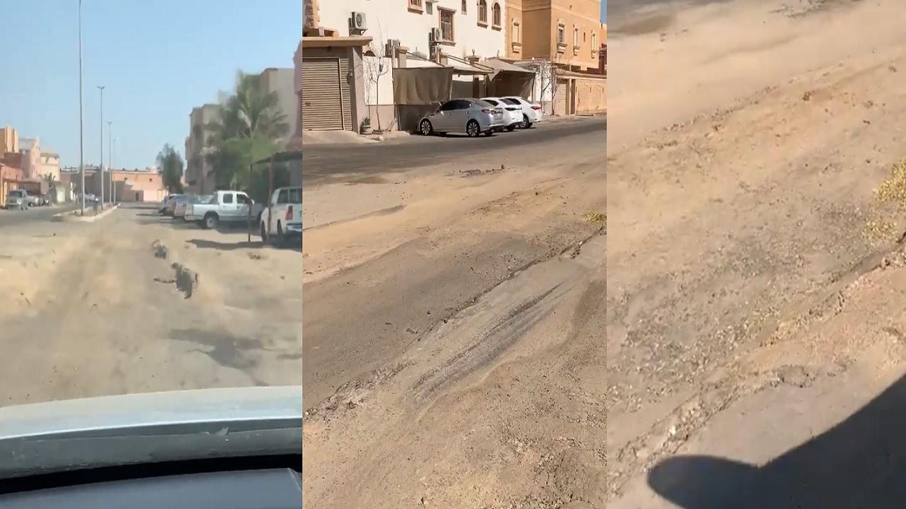 بالفيديو.. شوارع حي طيبة بجدة تعاني من الإهمال والتكسير