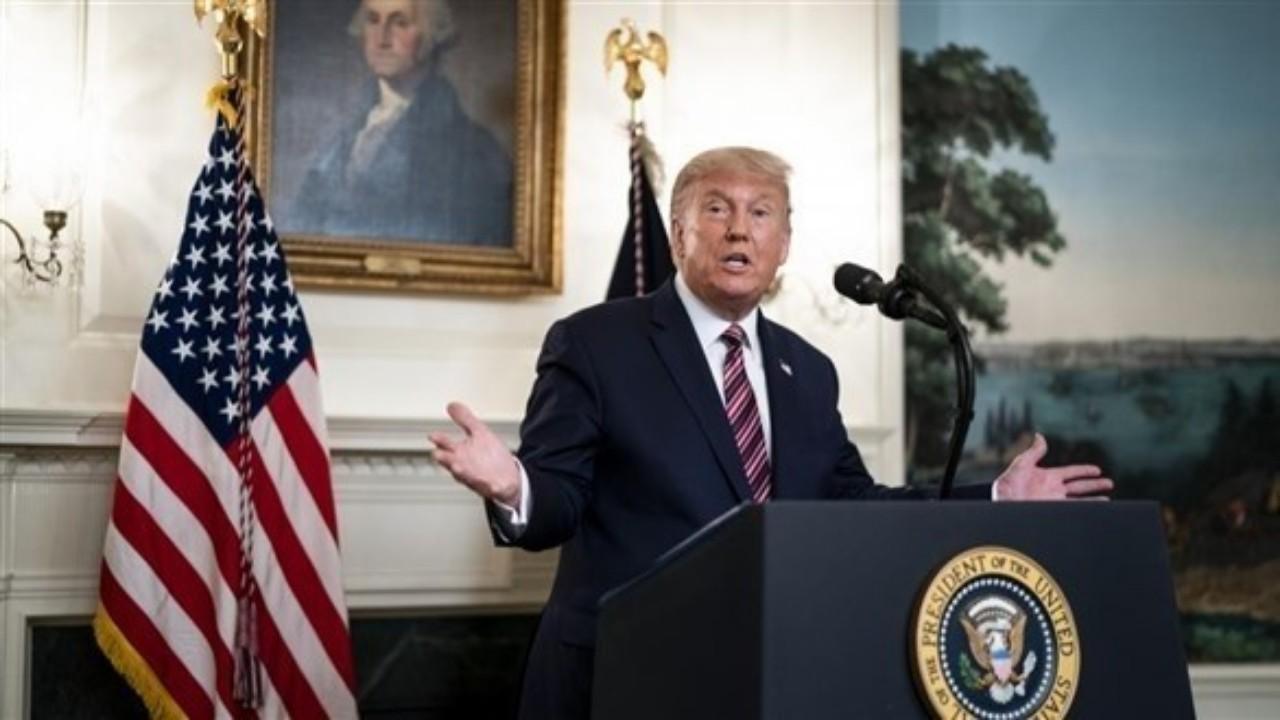 ترامب يحظر الاستثمارات الأمريكية في شركات صينية مدعومة من الجيش الصيني
