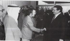 صورة نادرة لخادم الحرمين والملك فهد في مطار أورلي قبل 41 سنة