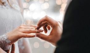 موقف المرأة المتزوجة بلا ولي من الميراث