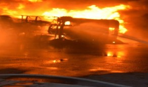 """اعتداء إرهابي بـ """"مقذوف"""" يتسبب في حريق بمحطة توزيع المنتجات البترولية بجدة"""