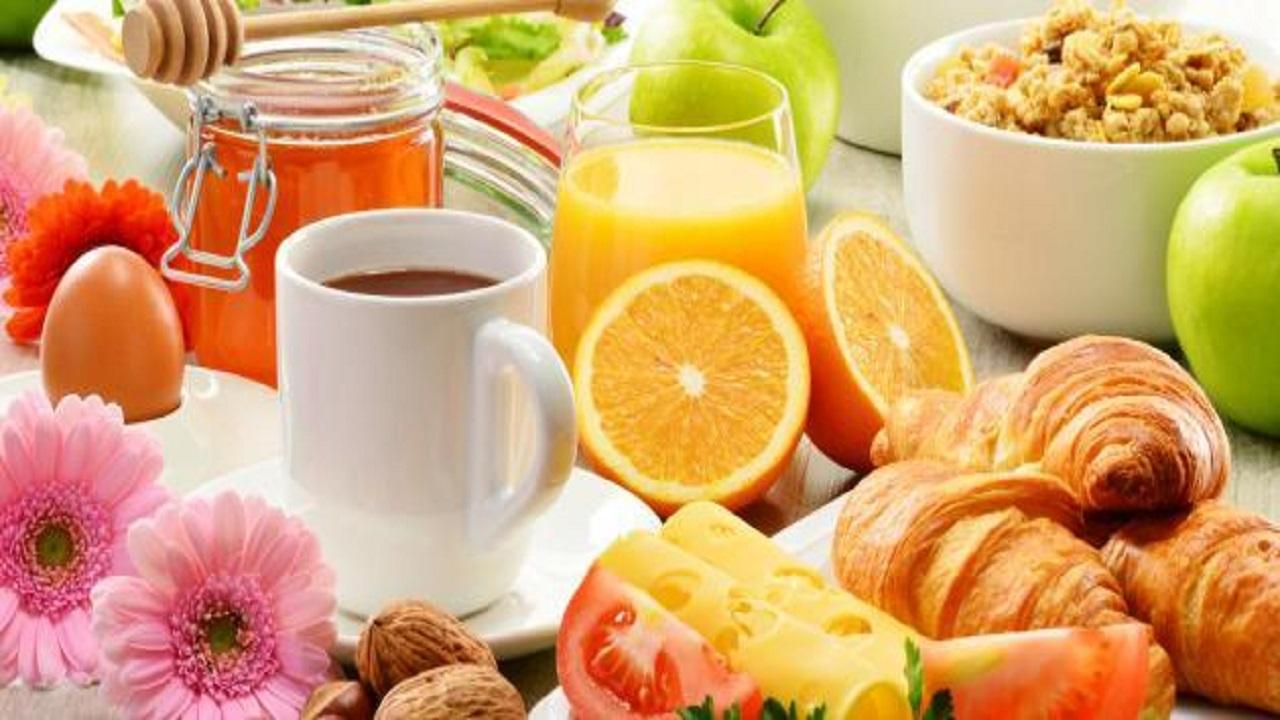 3 أشياء أحرص على تجنبها قبل تناول وجبة الإفطار