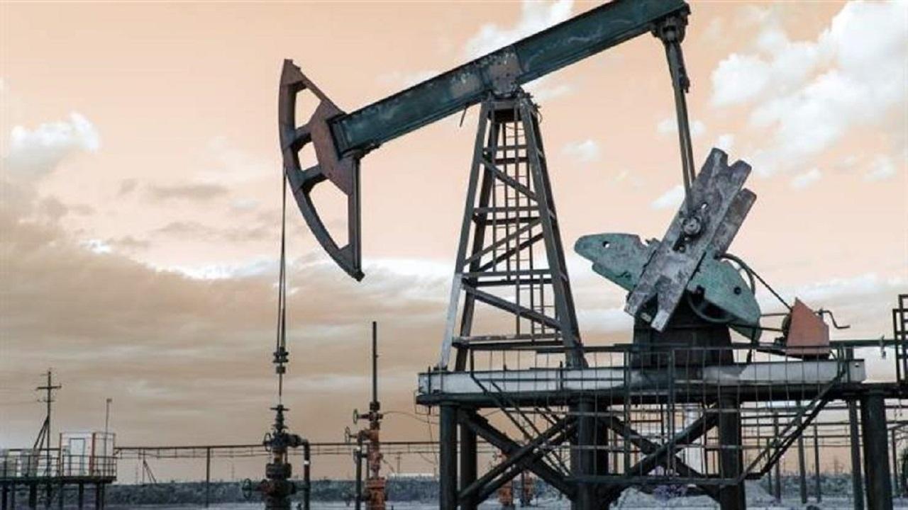 أسعار النفط تقفز 1%