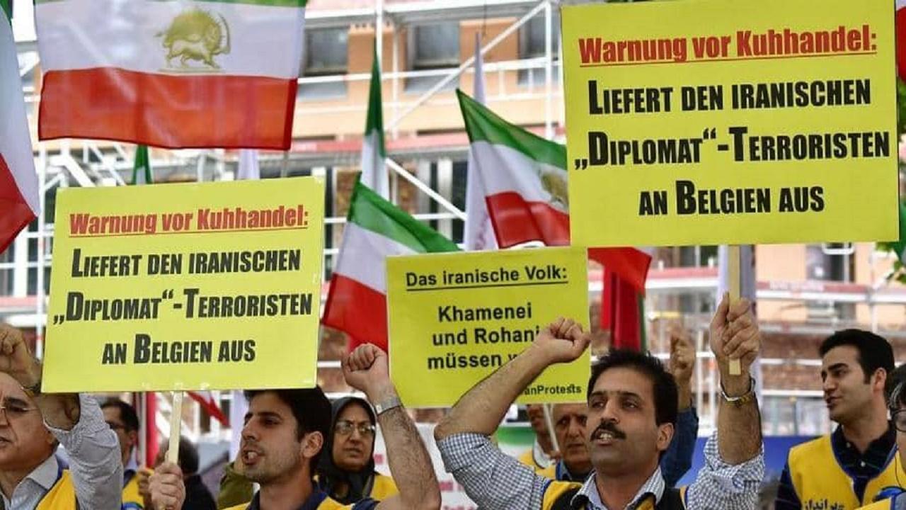 بلجيكا تحاكم دبلوماسيا إيرانيا لتورطه بمحاولة تفجير