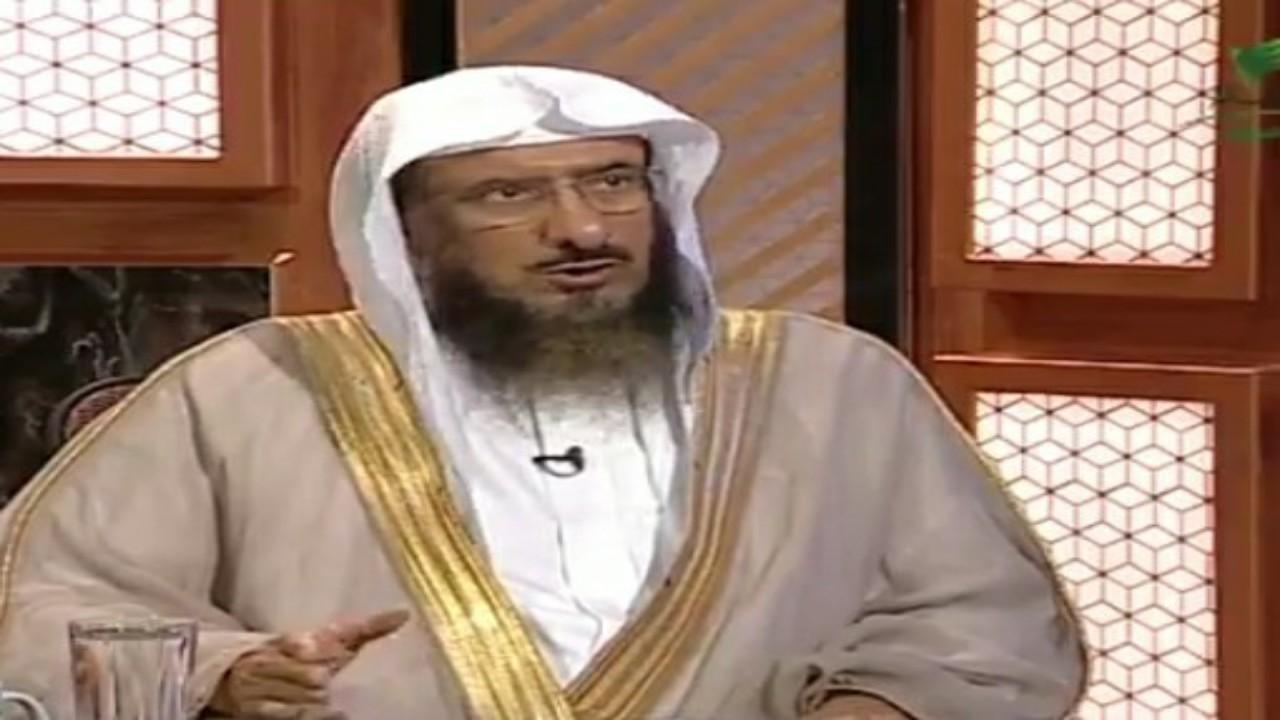"""بالفيديو.. """" الماجد """" يوضح حكم لبس الباروكة"""