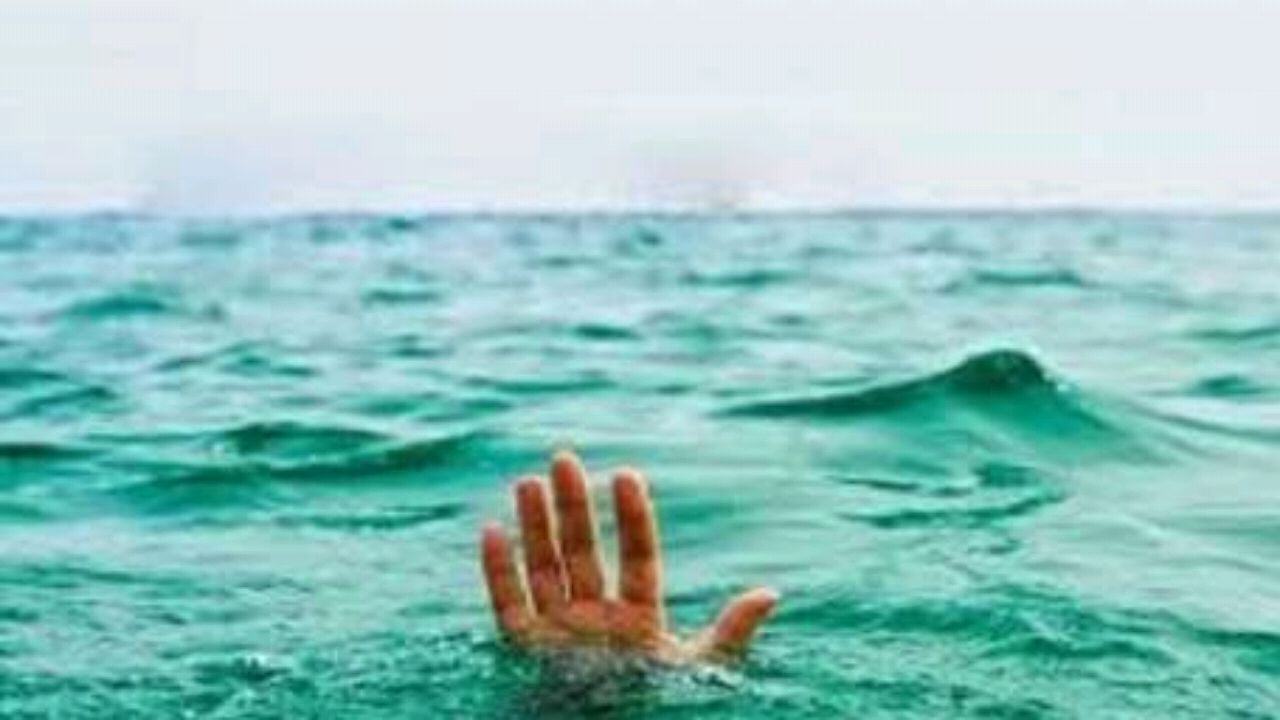 بالفيديو.. دبلوماسي بريطاني ينقذ فتاة من الغرق
