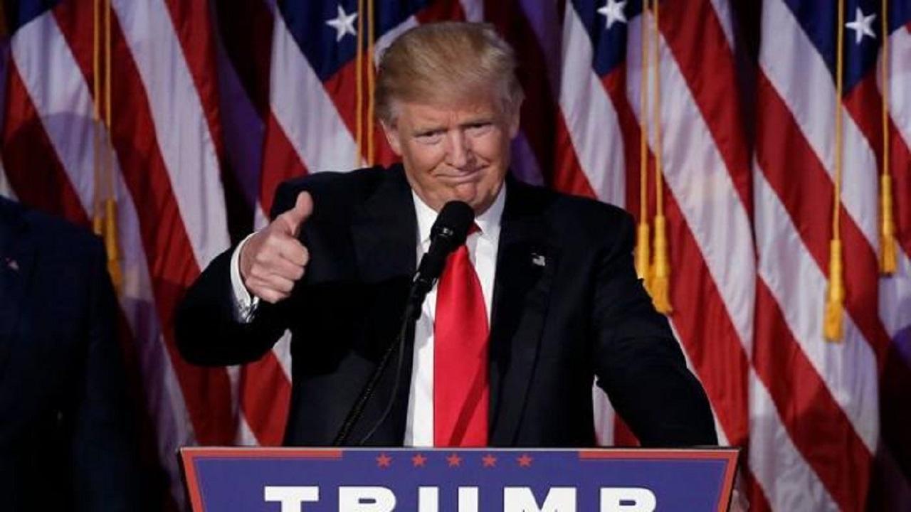 """أول رئيس دولة يهنئ """"ترامب"""" بالفوز قبل حسم نتائج الإنتخابات"""