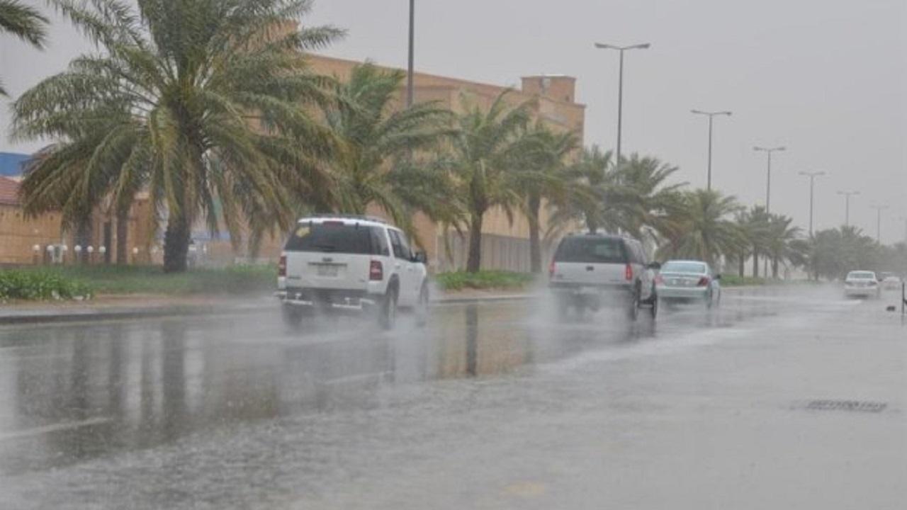 الأرصاد: استمرار هطول الأمطار على الجوف وتبوك حتى المساء