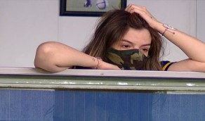 بالفيديو.. ابنة مارادونا تبكي بحرقة خلال مباراة بوكا جونيورز