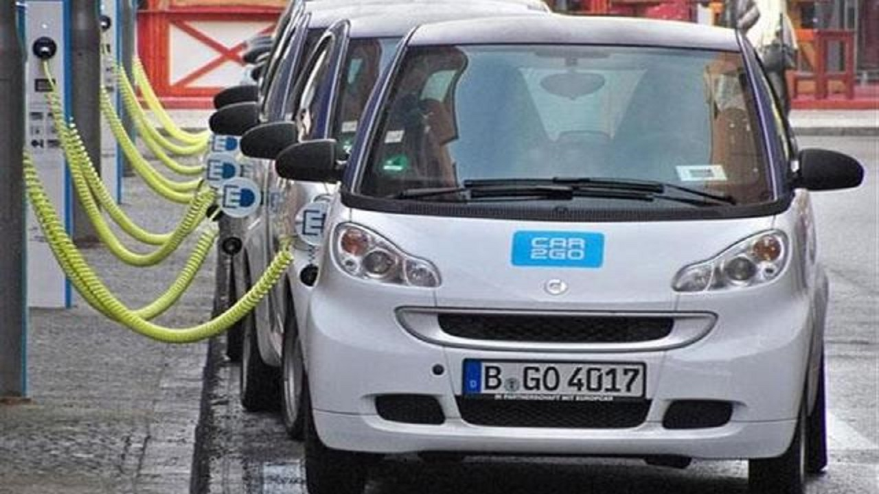 5 % من إجمالي المواقف للسيارات الكهربائية قريباً